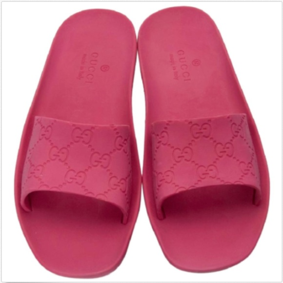 c6a2276073b1 Gucci Shoes - Pink Gucci Slides Size 6.5